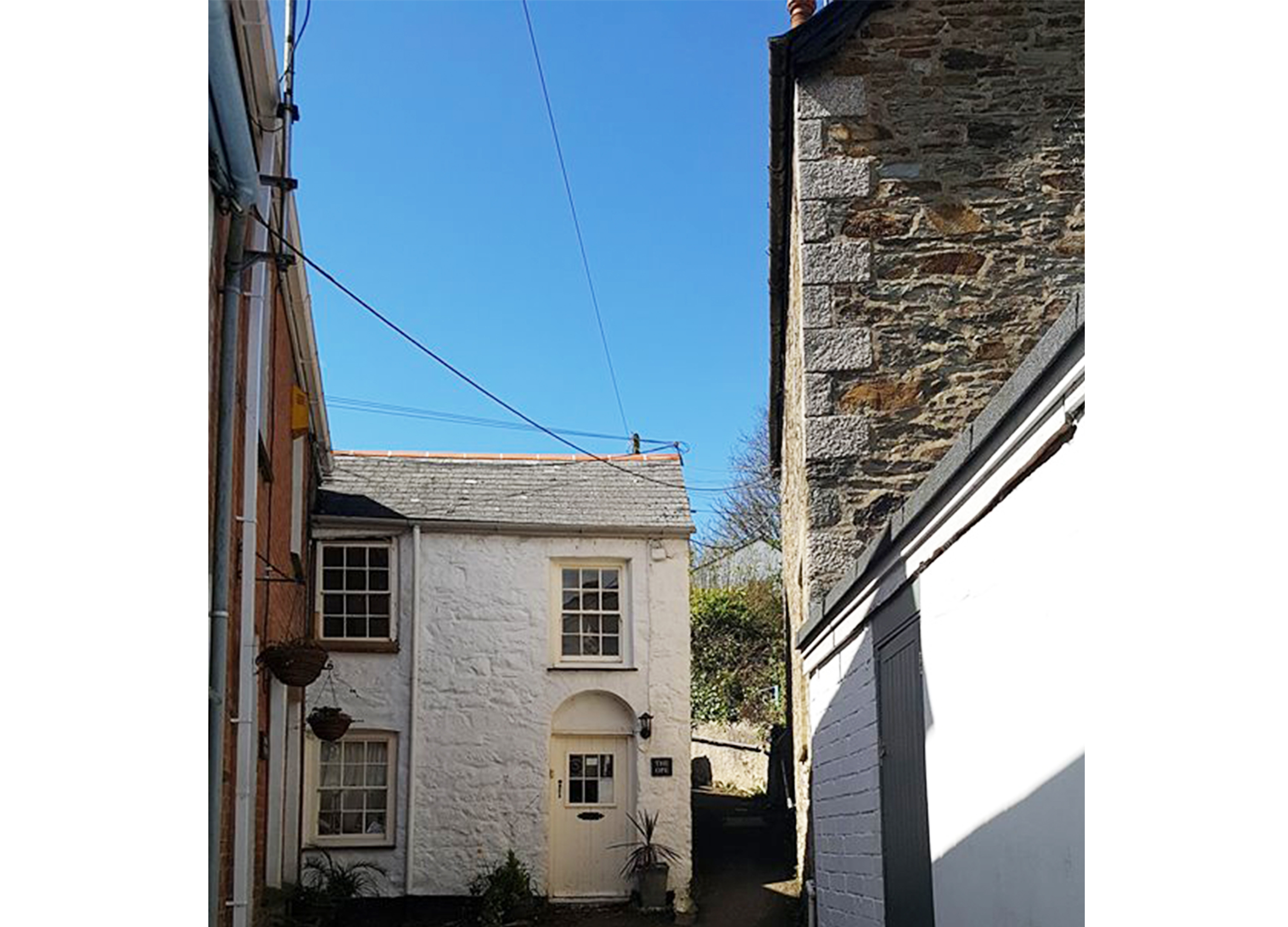 Cornish cottages in St Agnes Cornwall, alleyway