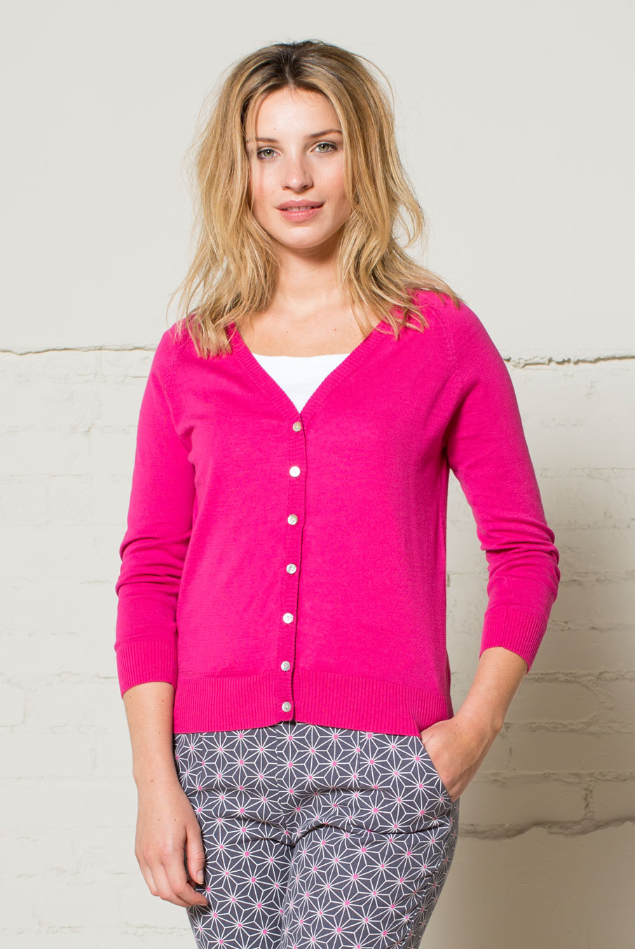 Short Cardigan Fuschia