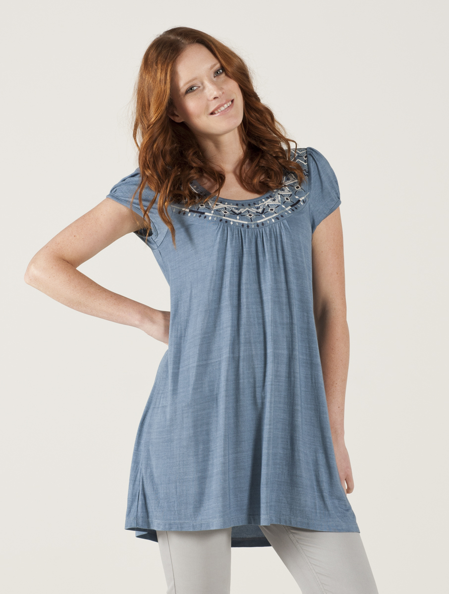 Find short sleeve tunic tops at ShopStyle. Shop the latest collection of short sleeve tunic tops from the most popular stores - all in one place.
