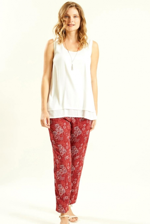 Peg Trouser in Woven Viscose xtra view of Jam