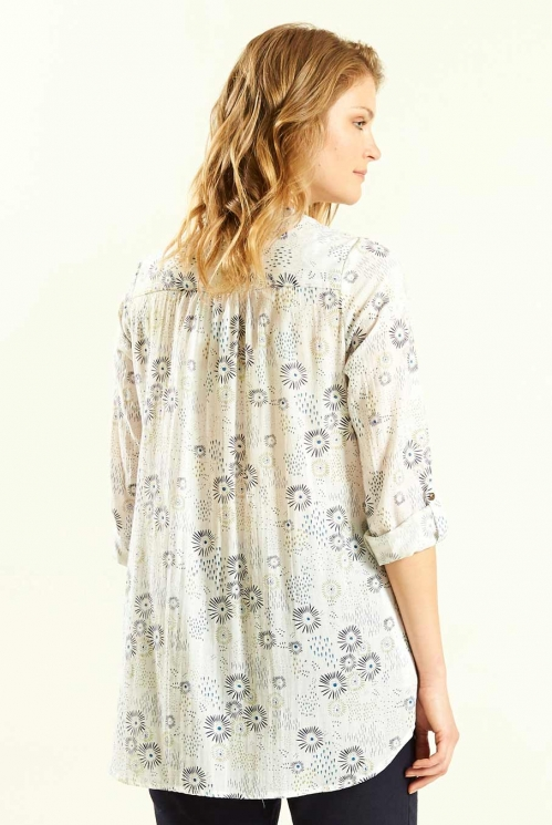 Tunic Shirt in White - back view