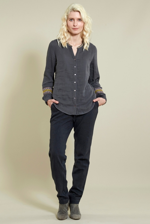 Embroidery Shirt in Double Cotton Crepe xtra view of Granite
