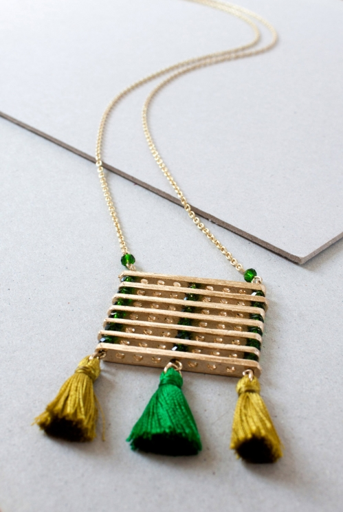 Leaf Green Sustainable Zanzibar Pendant Necklace