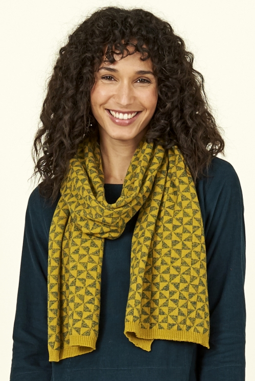 Citrine Green Ethically Made Merino Wool Kite Knit Scarf