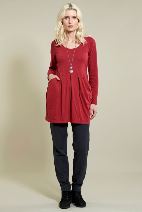 Slouch Tunic Top in Organic Cotton Jersey xtra view of Rubine