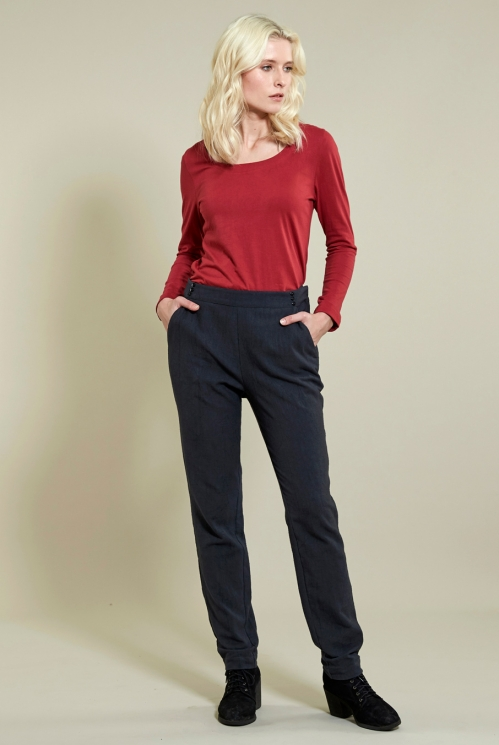 Slim Leg Trouser in Winter Cotton Slub xtra view of Coal