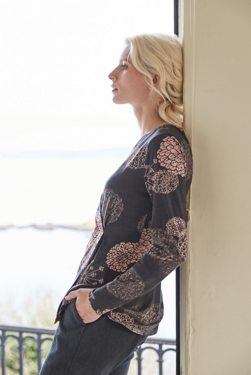 Cross Front Top in Organic Cotton Jersey xtra view of Frost Pink