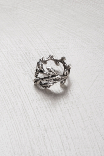 Saffron Vine Leaf Ring