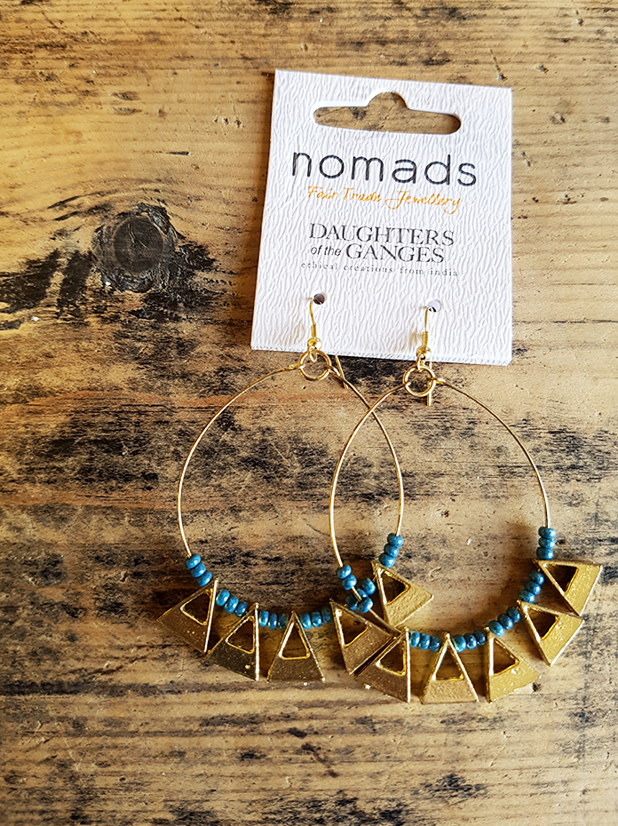Hoop earrings with geometric triangles and blue beads